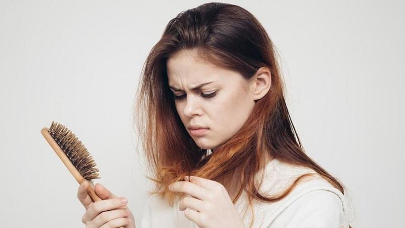 ۷ راه موثر برای خلاصی از ریزش مو