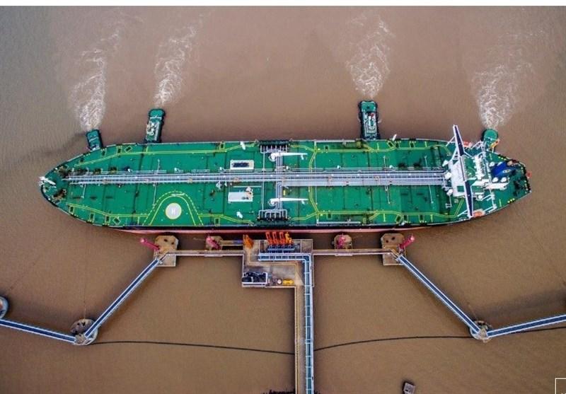 رویترز: محموله ۱۳۰ هزار تنی نفت ایران به چین رسید