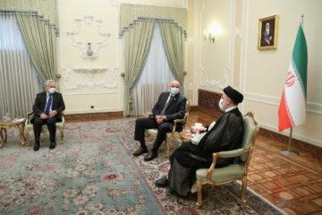 رییسی: با اتکا به پیشینه تمدنی روابط ایران و تاجیکستان را ارتقا دهیم