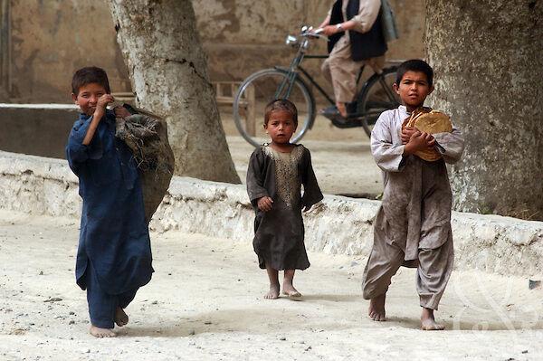 هشدار سازمان ملل در مورد احتمال گسترش فقر و گرسنگی در افغانستان