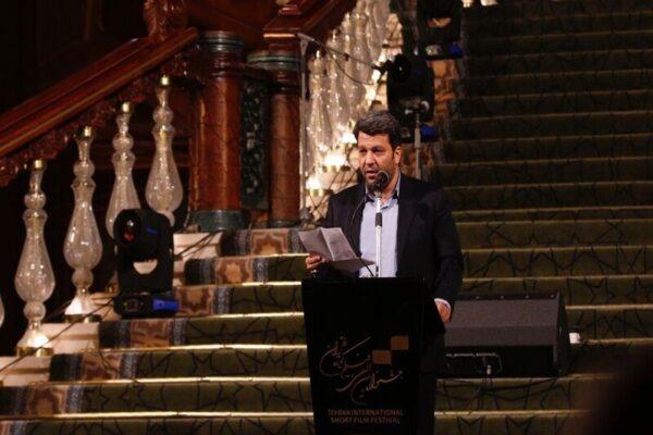 سینمای ایران به نوسازی و بازسازی انقلابی نیاز دارد